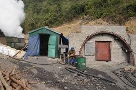 Ngạt khí độc, 16 công nhân hầm lò tử vong, 8 người bị thương