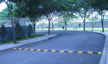 Gờ giảm tốc phòng tránh nguy hiểm chết người khi tham gia giao thông