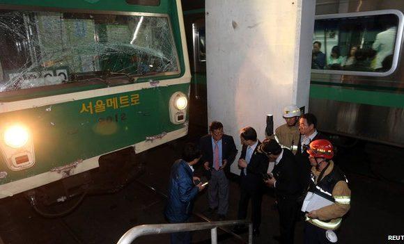 Hàng chục người bị thương sau vụ đâm tàu điện ngầm Hàn Quốc