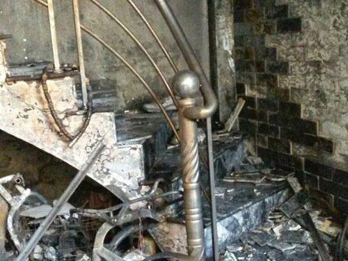 7  người mắc kẹt trong đám cháy bùng lớn